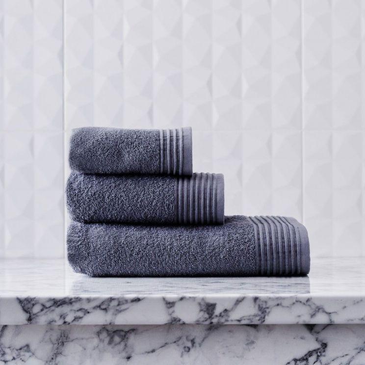 Ręcznik Basic 3