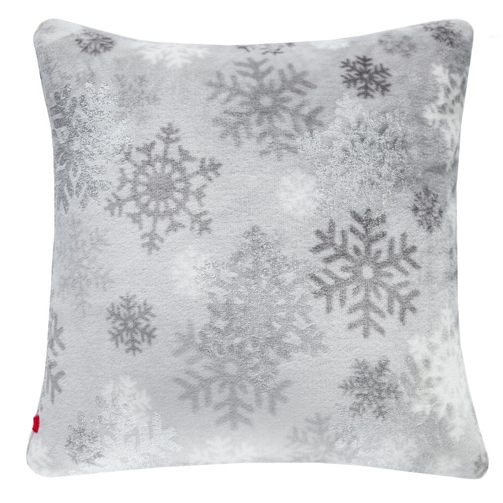 Poszewka-ze-wzorem-śnieżynki