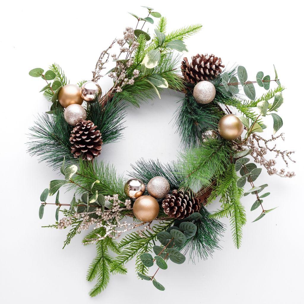 Wianek-proste-ozdoby-świąteczne-inspiracje